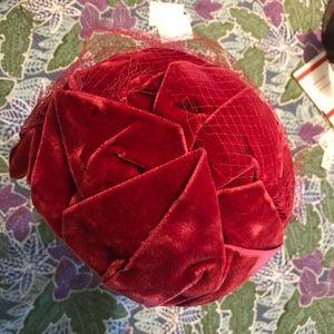V E L V E T Christmas Victorian Red Vintage Hat